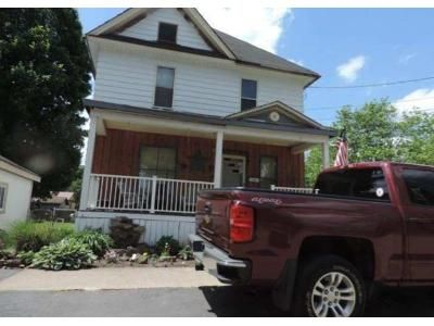 3 Bed 1 Bath Foreclosure Property in Warren, PA 16365 - Walnut St