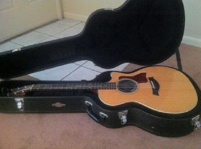 $1,100 OBO Taylor 414-CE Acoustic Electric Guitar w/ Case