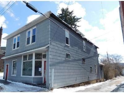4 Bed 2 Bath Foreclosure Property in Meyersdale, PA 15552 - Main St