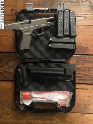 For Sale: Glock 19 gen4 tactical gray