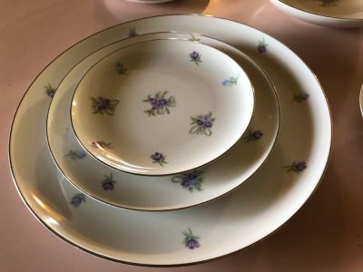 93 pieces of antique set of China