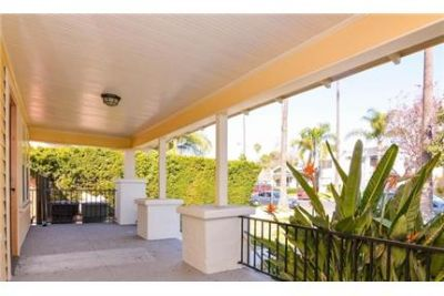 Lease Spacious 2+2. Approx 1,000 sf of Living Space. Will Consider!