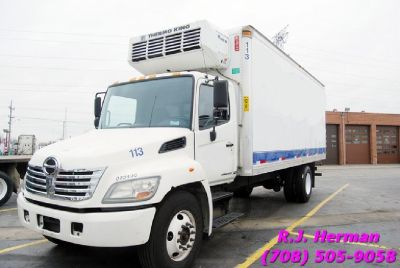 2010 Hino 268 (UNDER-CDL) Refrigerated Straight Truck