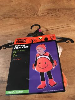 Clown fish costume. In GUC. Only worn once. No rips or stains. Asking $12