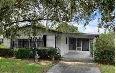 210 SE Pearl Terrace Lake City Two BR, Beautifully updated home