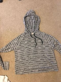PPU suuuuuuper soft hooded top XS