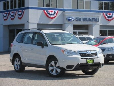 2016 Subaru Forester 2.5i (Crystal White Pearl)
