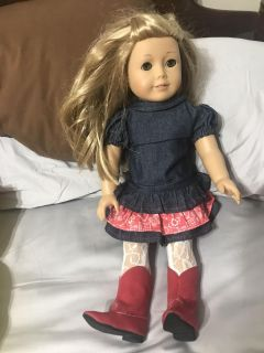 AMERICAN GIRL DOLL (ISABELLE)