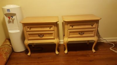 Beautiful white oak side tables