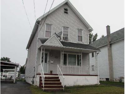 3 Bed 1 Bath Foreclosure Property in Wilkes Barre, PA 18702 - Regent St