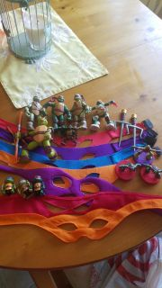 Lot of Ninja Turtle stuff! 7 marks, 12 guys, and some weapons.