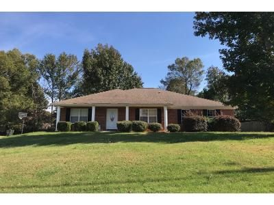 2.0 Bath Preforeclosure Property in Harvest, AL 35749 - Shortleaf Ln
