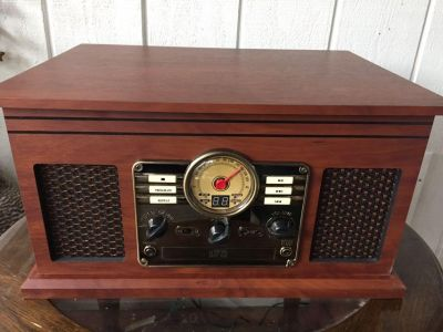 Victrola 6-in-1 music center