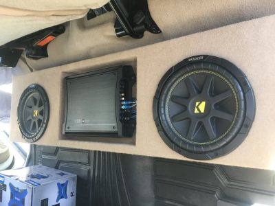 Nissan Titan Custom subwoofer box, speakers and amp