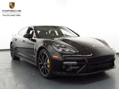 2018 Porsche Panamera Turbo S Executive E-Hybrid (black)