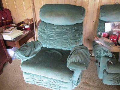 Massaging Recliners