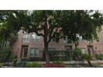 3926 Blossom Street, Houston, TX, 77007, USA