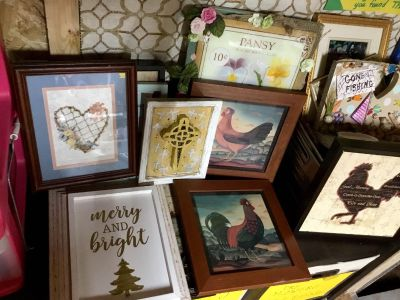 Wall art ROOSTERS. & CHICKENS AND MORE