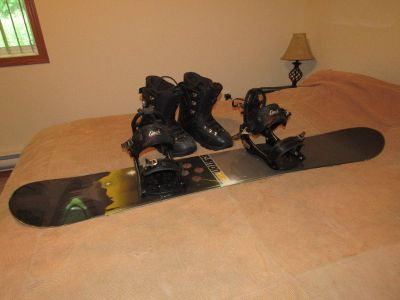 Burton Clash 153 snowboard w/K2 Bindings