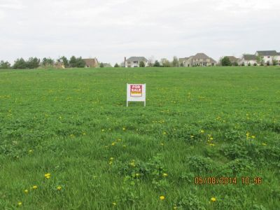 1 acre plus residental lot in Schaefer Woods north