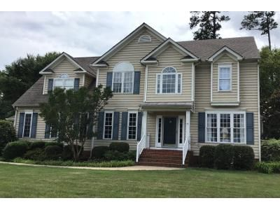 5 Bed 3 Bath Preforeclosure Property in Midlothian, VA 23113 - Planters Walk Dr