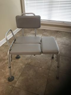 Shower/bathtub chair with transfer bench