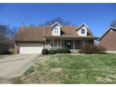 4 Bed 2 Bath Foreclosure Property in Louisville, KY 40216 - Parkay Pl