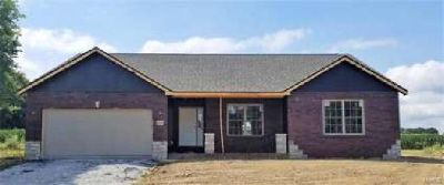 4910 Oak Falls Waterloo Three BR, Custom Built Home that Features