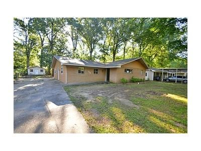 4 Bed 2 Bath Foreclosure Property in Jackson, MS 39212 - Wooddell Dr