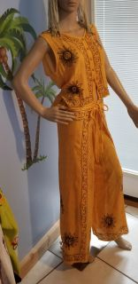 Yellow Orange Outfit size med large