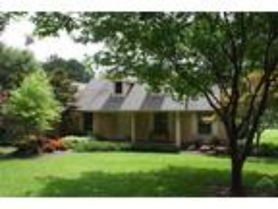 Mt Vernon Real Estate Home for Sale. $439,000 3bd/Two BA. - Pam Swanner of