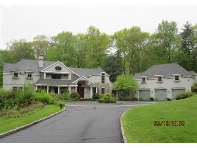 4 Bed 1 Bath Foreclosure Property in New Canaan, CT 06840 - Heather Dr