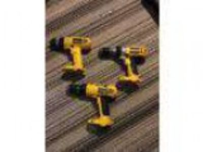 Dewalt power tools (Minot)