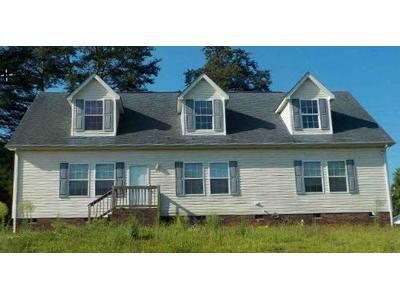 3 Bed 2 Bath Foreclosure Property in Statesville, NC 28677 - Forest Hollow Dr