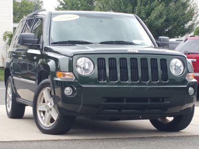 2010 Jeep Patriot Latitude (Optic Green Metallic)
