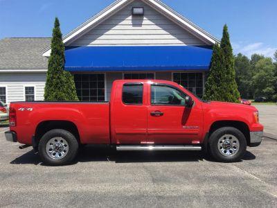 2011 GMC Sierra 1500 SLE (Red)