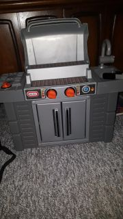 Play and pretend grill