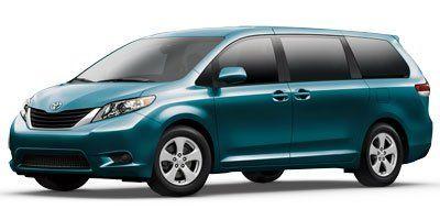 2013 Toyota Sienna LE 8-Passenger (Gray)