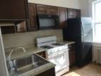 newly renovated 2nd flr apartment, washer, dryer, fenced yard