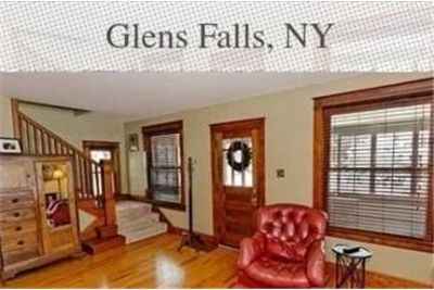 Beautiful 3 bedroom rental in the heart of Glens Falls. Washer/Dryer Hookups!