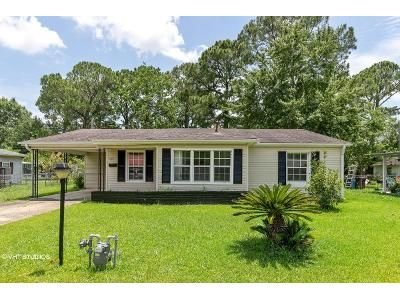 4 Bed 1.5 Bath Foreclosure Property in Pascagoula, MS 39581 - New York Ave