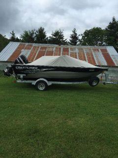 2011 Crestliner 1850 fishing boat for sale in Saint Leonard Aston, Quebec, Canada.