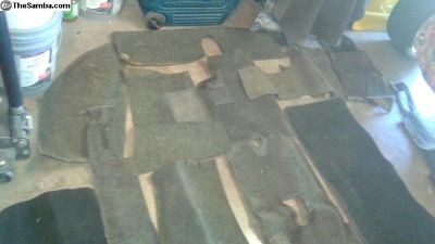 Used Ghia charcoal 15 Pcs carpet