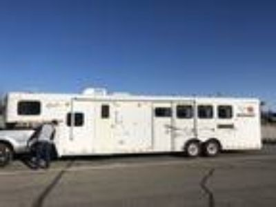 PRICE REDUCED 2003 Merhow 4 Horse Gooseneck Trailer, Warmblood Height