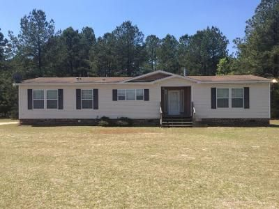 3 Bed 2 Bath Foreclosure Property in Fayetteville, NC 28312 - Stonecrop Dr