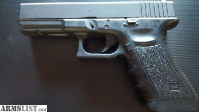 For Sale/Trade: Glock model 22, .40 caliber