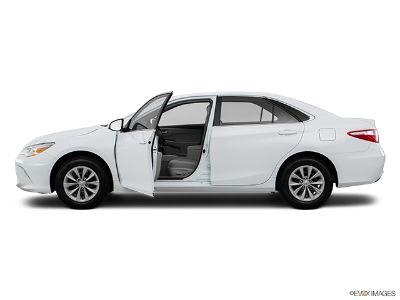 2016 Toyota Camry SE (Celestial Silver Metallic)