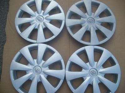 "Purchase FOUR 15"" TOYOTA COROLLA 2009 - 2012 OEM HUB CAP WHEEL COVERS 570-61147 motorcycle in Houston, Texas, US, for US $70.00"
