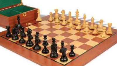 The Contemporary Staunton Series Chess Pieces & Board Combo in Sheesham & Box Wo