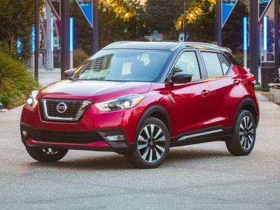 2018 Nissan Kicks SV (Super Black)